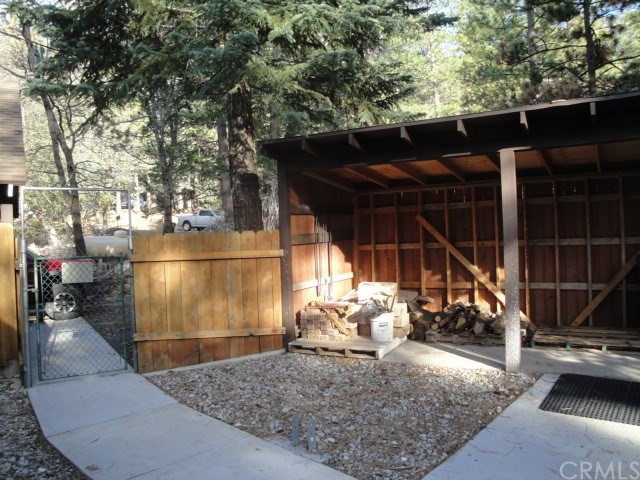 Single Family Home for Sale at 5840 Tripp Lane Angelus Oaks, California 92305 United States