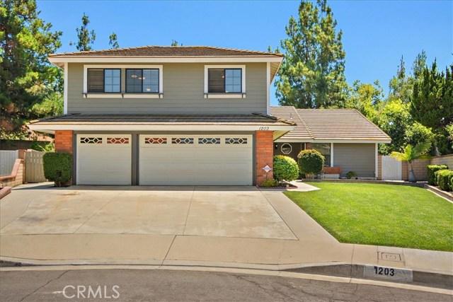 1203 Duke Lane, Walnut CA: http://media.crmls.org/medias/363470b6-5447-42cb-87dd-ab947496b81a.jpg