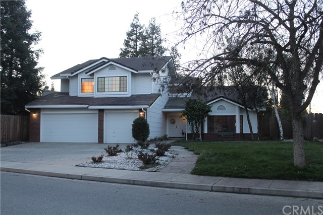 Detail Gallery Image 1 of 1 For 2103 Bristol Park, Turlock,  CA 95382 - 4 Beds   3 Baths