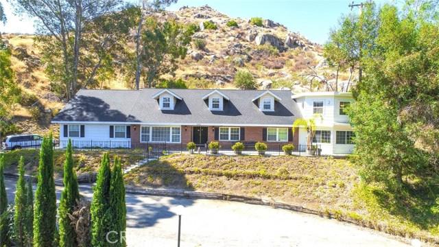 27475 Santa Fe Street Hemet, CA 92543 is listed for sale as MLS Listing EV17170515