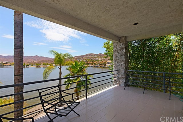 30112 RED BARN PL. Canyon Lake, CA 92587 - MLS #: SW18170303