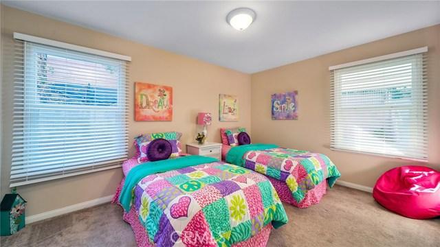 25929 Richville Drive, Torrance CA: http://media.crmls.org/medias/3645fd4b-39ce-4f5e-9100-10d63120573d.jpg