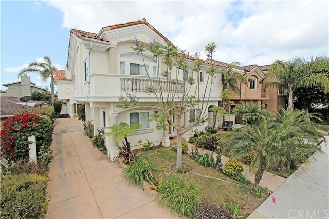 Townhouse for Sale at 2224 Plant Redondo Beach, California 90278 United States