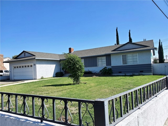 1308 E Alvarado Street, Pomona CA: http://media.crmls.org/medias/365354e3-9f32-4381-888e-da379c5c5440.jpg