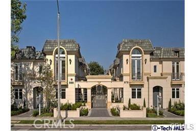 978 S Marengo, Pasadena CA: http://media.crmls.org/medias/36618ba9-eb78-475a-8e00-909c8b8deb5d.jpg