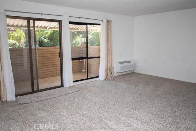 934 Avenida Majorca, Laguna Woods CA: http://media.crmls.org/medias/3672ca7d-5597-499c-a2ec-2fa2e5875d5a.jpg