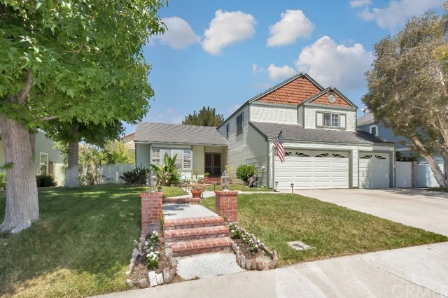 Single Family Home for Sale at 21745 Bellcroft St Lake Forest, California 92630 United States