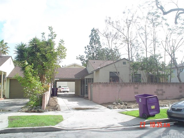 Single Family for Rent at 1700 Park Avenue Long Beach, California 90815 United States