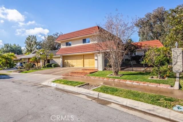 Photo of 125 S Orange Hill Lane, Anaheim Hills, CA 92807