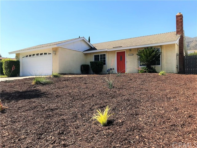 1040 Northpark Boulevard, San Bernardino CA: http://media.crmls.org/medias/36917f0a-d26c-496a-93b3-eff7742a5319.jpg