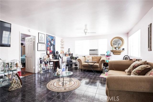 7132 Dinwiddie Street, Downey CA: http://media.crmls.org/medias/36a38ec6-ee01-4847-8f41-10eb0b04ff3d.jpg