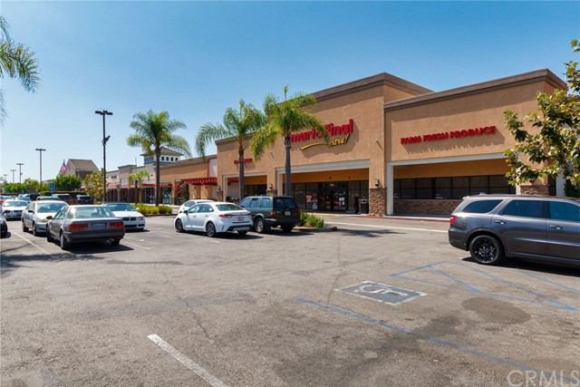4515 California Avenue, Long Beach CA: http://media.crmls.org/medias/36a73789-31a2-4fdb-b641-f85e42875870.jpg