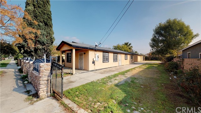 Photo of 320 N Soldano Avenue, Azusa, CA 91702