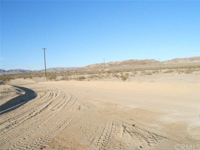 76900 Cottontail Road, 29 Palms, California 92277