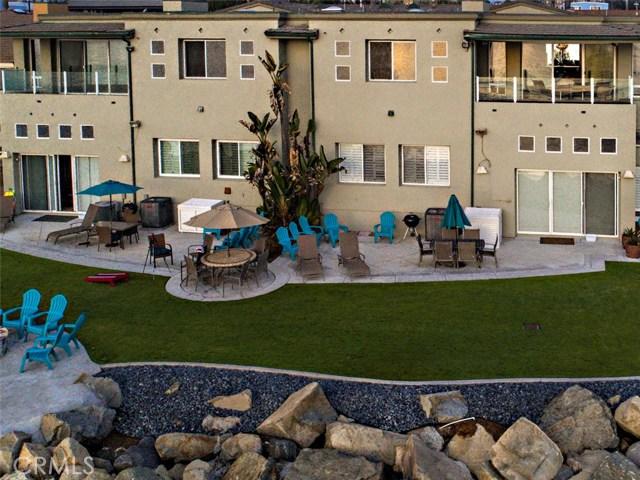 923 S Pacific Street, Oceanside CA: http://media.crmls.org/medias/36b6a2fe-893b-4d62-9fa4-798f1f05ce9e.jpg