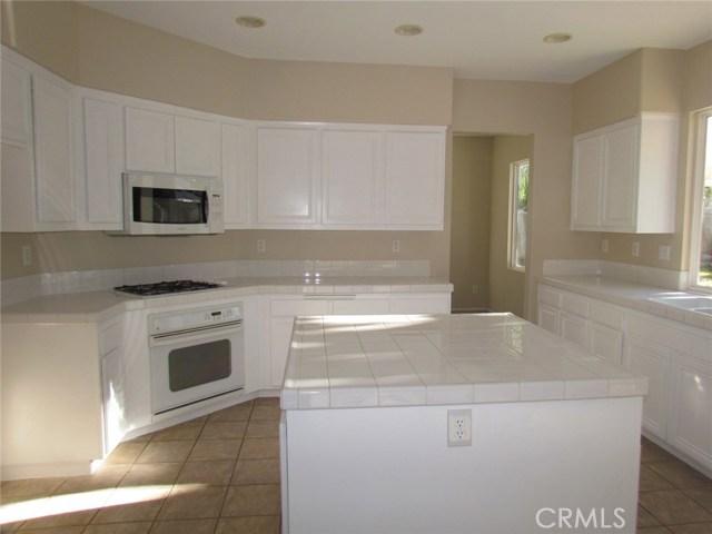 42205 57th W Street, Quartz Hill CA: http://media.crmls.org/medias/36bc5033-0183-49ec-a223-92b4d6d79860.jpg