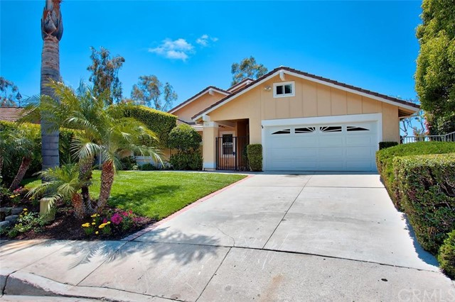 Single Family Home for Sale at 703 Calle Amable St San Clemente, California 92673 United States