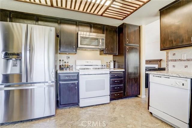 12149 Champlain Street, Moreno Valley CA: http://media.crmls.org/medias/36c6cc7c-29eb-4477-80e9-ab60b69ad8f4.jpg