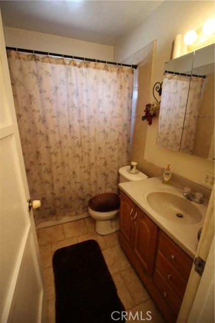 798 Bunker Hill Drive, San Bernardino CA: http://media.crmls.org/medias/36c9568b-4dd9-4027-8cfe-b06251106b92.jpg