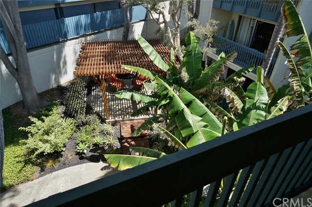 603 S Prospect Avenue, Redondo Beach CA: http://media.crmls.org/medias/36cf7c9d-103c-4367-900f-dfcc5edb4c3e.jpg