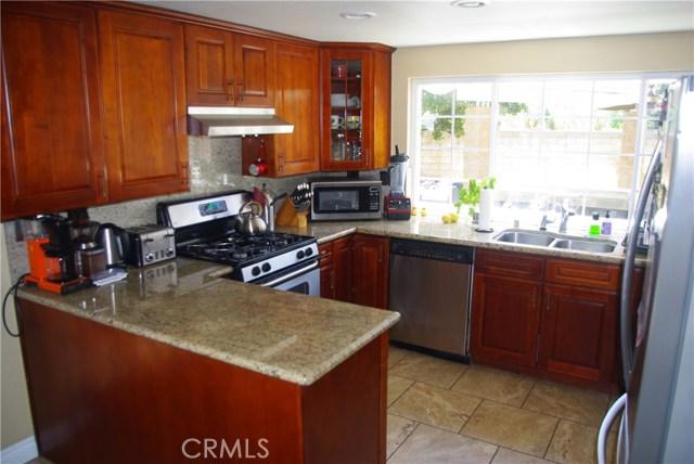 4031 Odessa Drive, Yorba Linda CA: http://media.crmls.org/medias/36d6689d-b7c0-4fe3-bc1c-05253fe0755e.jpg