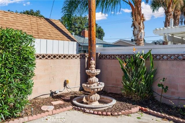 4261 W Flower Avenue, Fullerton CA: http://media.crmls.org/medias/36d6cb02-156c-40da-b632-1a8d2cd173bf.jpg