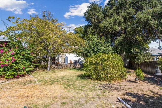 3636 N Arrowhead Avenue, San Bernardino CA: http://media.crmls.org/medias/36da74ee-9d9f-4719-9ba1-a5ece78ebf71.jpg