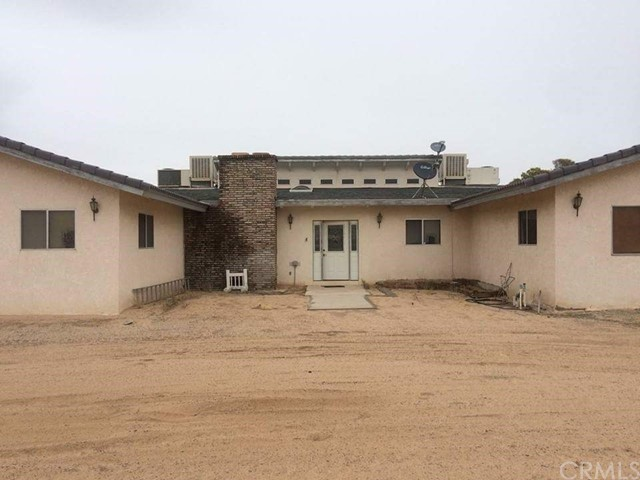 Single Family Home for Sale at 47644 Fairview Road Newberry Springs, California 92365 United States