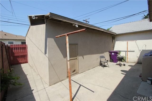 5855 Linden Avenue Unit B Long Beach, CA 90805 - MLS #: DW17207087