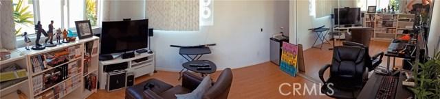 1268 W 187th Place, Gardena CA: http://media.crmls.org/medias/36fb5e3e-dc68-4170-85d2-42b6e4f6736f.jpg