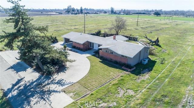 13640 Lacey Boulevard, Hanford CA: http://media.crmls.org/medias/36fd9d53-7e1f-4241-8470-aa4cca0b568d.jpg