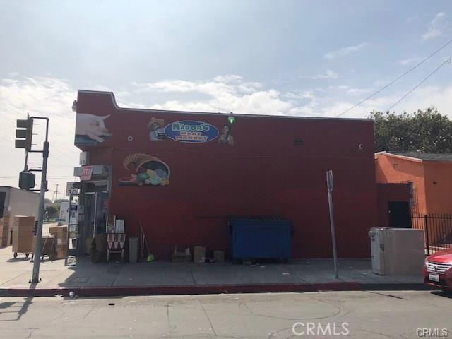 1158 E 88th Place, Los Angeles CA: http://media.crmls.org/medias/37018af1-59a5-45ab-9eff-8d2c3f3eb8ac.jpg