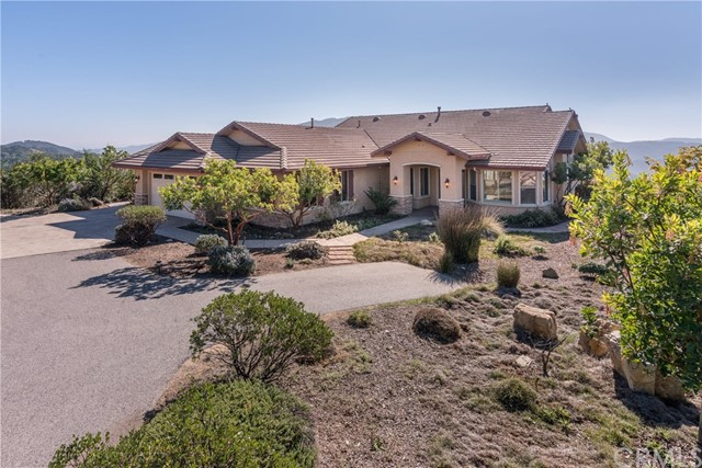 12765  Rojo Court, Atascadero, California