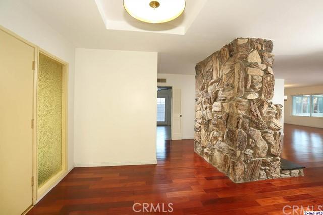 17622 Arvida Drive, Granada Hills CA: http://media.crmls.org/medias/37086d92-ca9b-4e8b-a0ee-a02871690439.jpg