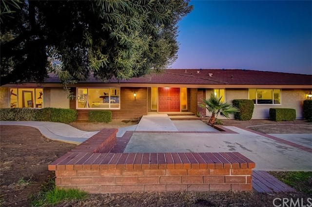 Photo of 2000 Bluebird Road, Glendora, CA 91741