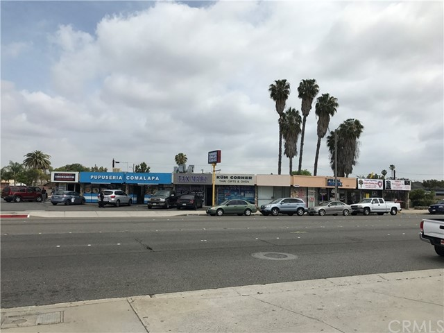 Retail for Sale at 9423 Alondra Boulevard Bellflower, California 90706 United States