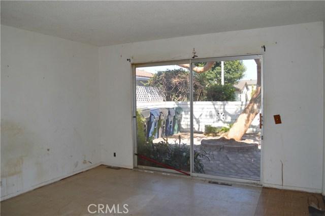 16331 Sandalwood Street, Fountain Valley CA: http://media.crmls.org/medias/3712804d-f890-4d46-9d6b-cc6bf195705b.jpg