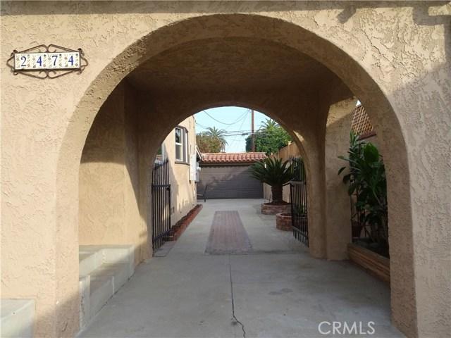 2474 Maine Avenue, Long Beach CA: http://media.crmls.org/medias/37175859-d5d7-4dbc-8051-e70f2f293a61.jpg
