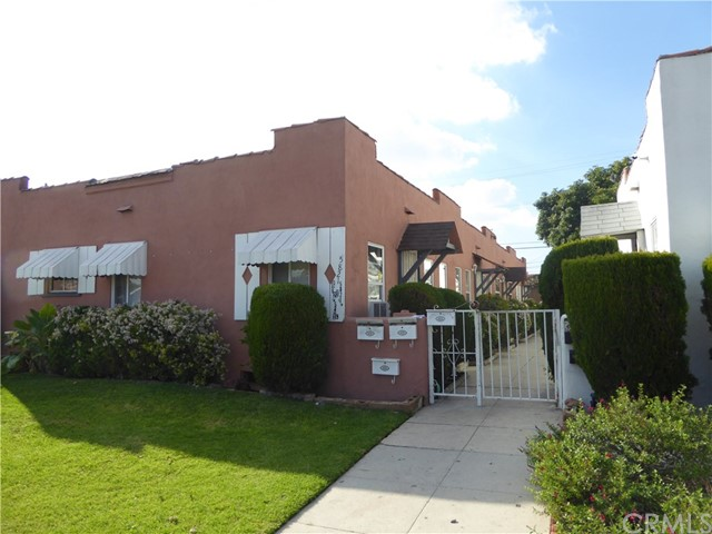 Single Family for Sale at 5819 Arlington Avenue Los Angeles, California 90043 United States