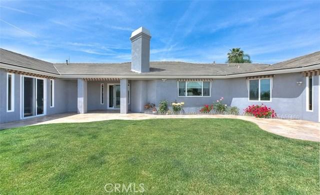 3186 Riverside Terrace, Chino CA: http://media.crmls.org/medias/3731d201-3bdb-4e36-8f5e-7d0dd609f177.jpg