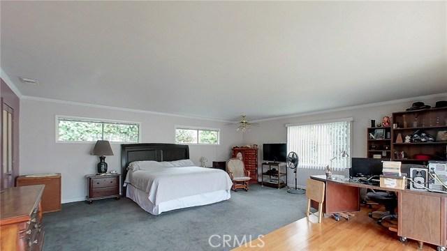 5207 Fidler Avenue, Lakewood CA: http://media.crmls.org/medias/3752ac72-000f-4316-a18e-13ec18ae9700.jpg