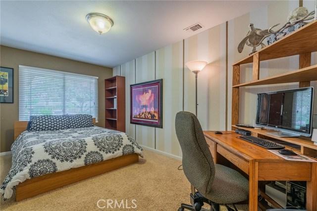 714 Ardmore Avenue, Redlands CA: http://media.crmls.org/medias/3753284e-5749-4a26-bc12-c2e34496bcb6.jpg