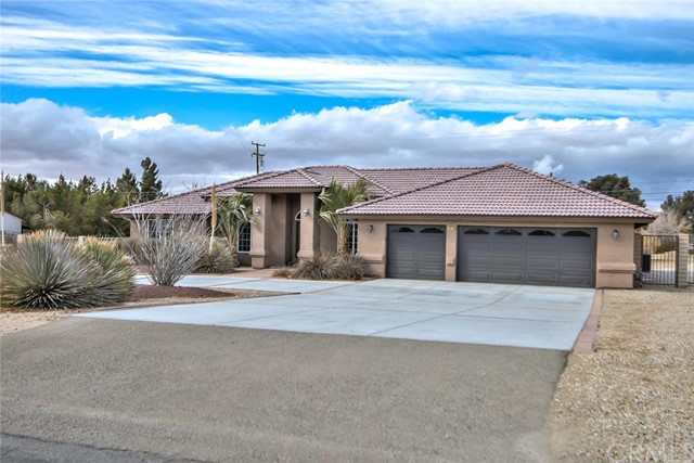 14970 Mandan Road, Apple Valley, CA, 92307
