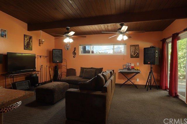 4154 Las Casas Avenue, Claremont CA: http://media.crmls.org/medias/376953ae-81c6-4fb2-85df-9c71e8d95e61.jpg