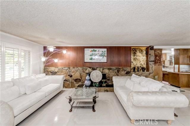房产卖价 : $68.80万/¥473.00万