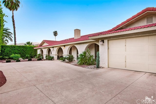 Single Family Home for Sale at 821 Arquilla Road 821 Arquilla Road Palm Springs, California 92262 United States