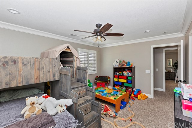 17480 Timberview Drive, Riverside CA: http://media.crmls.org/medias/37992367-b82c-4a37-aed4-a0ceb6c5a69e.jpg