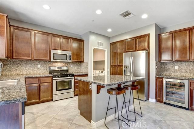 8681 Yellow Tail Place, Rancho Cucamonga CA: http://media.crmls.org/medias/379dcd07-272a-41f1-8b1a-ac3aeffc932b.jpg