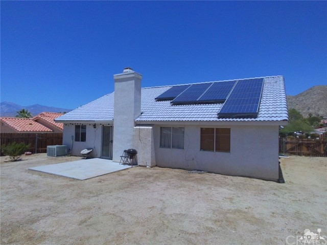 66029 Avenida Barona, Desert Hot Springs CA: http://media.crmls.org/medias/37a26ff3-7901-487e-937d-b844b1db0993.jpg