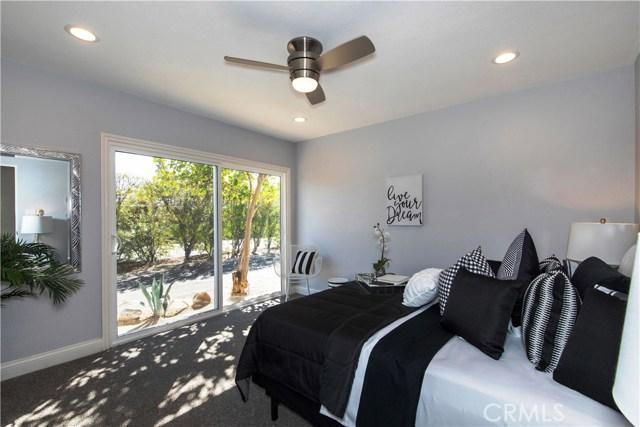 1840 Sandcliff Road, Palm Springs CA: http://media.crmls.org/medias/37a9f066-cfa4-477d-b938-4fd85749101b.jpg